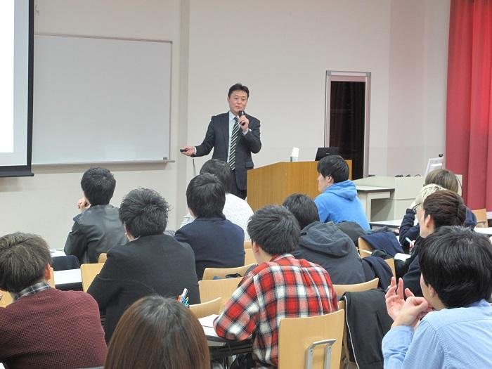 https://www.u-bunkyo.ac.jp/faculty/business/IMG_0212.JPG